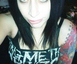 heavy-metal-dating-site-vaseline-in-girls-ass